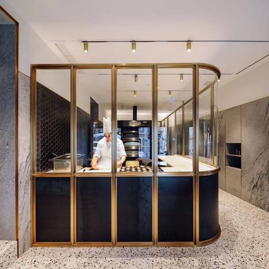 Castro Bakery / LADO Arquitectura e Design