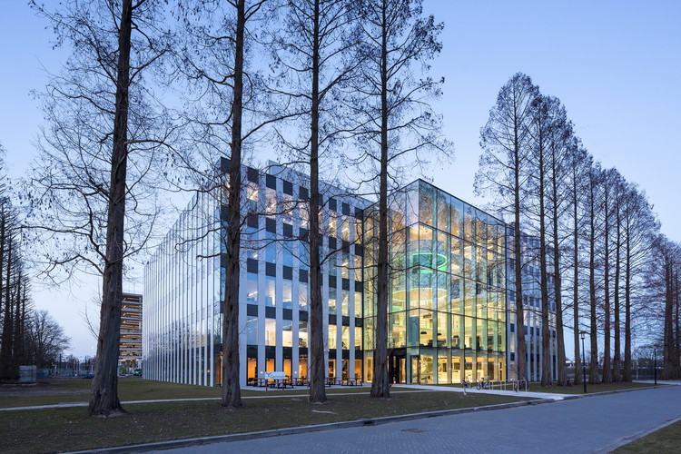 Genmab Research Building / Cepezed, Courtesy of cepezed, Lucas van der Wee