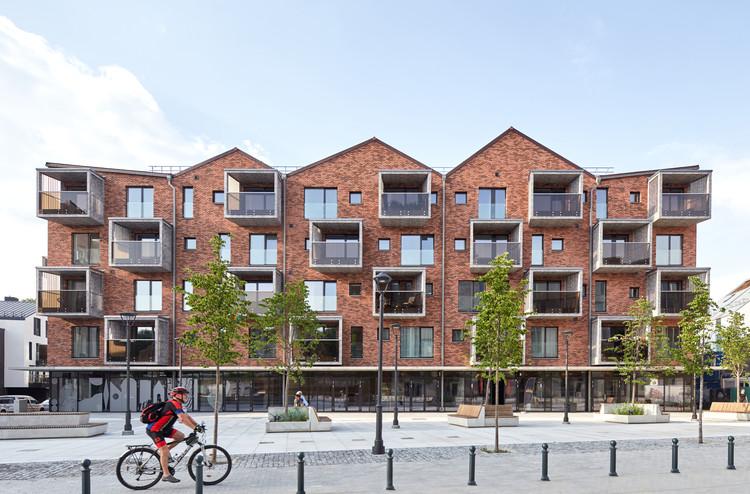 Residential Block in Paupys / Architektūros linija , © Norbert Tukaj