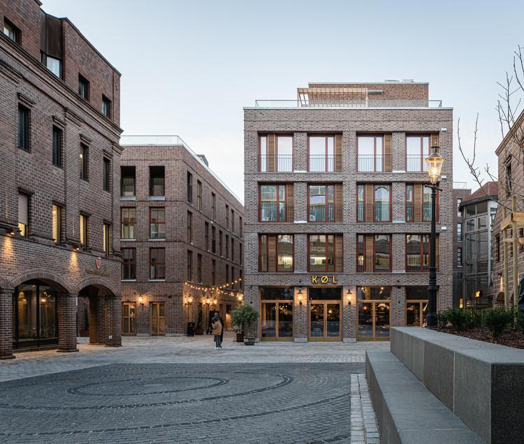 Nygaard Square Renovation / Mad arkitekter, © Kyrre Sundal
