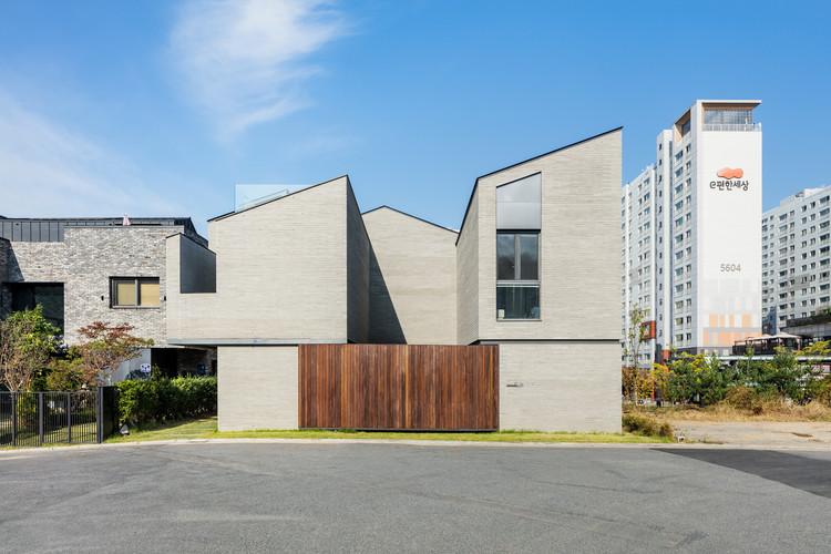 Wirye Y-HOUSE / Kode Architects, © Kyungsub Shin