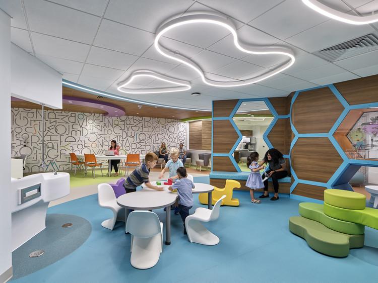 Seraph-McSparren Pediatric Inpatient Center play area. Image © Jeffrey Totaro