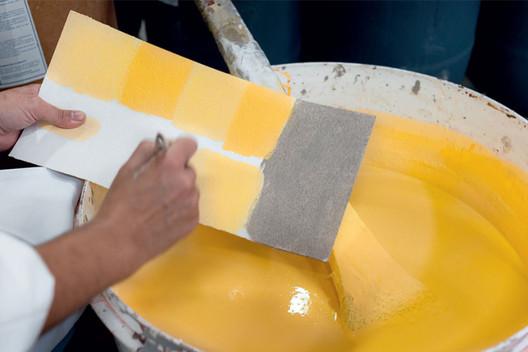 Alquimia da cor: pinturas artesanais criadas por um arquiteto e um químico