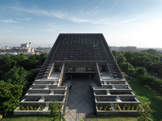 The Golden Jubilee Museum of Agriculture Office / Plan Architect