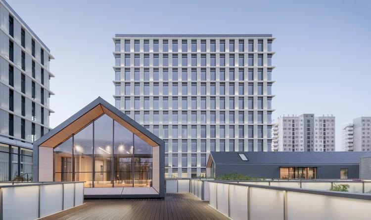 Edificios de oficinas de Zhangrun / Scenic Architecture Office, © Shan Liang