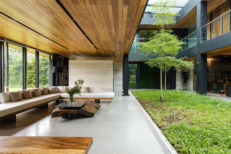 ET New Manila House / PXP Design Workshop Co, © Leslie Chua