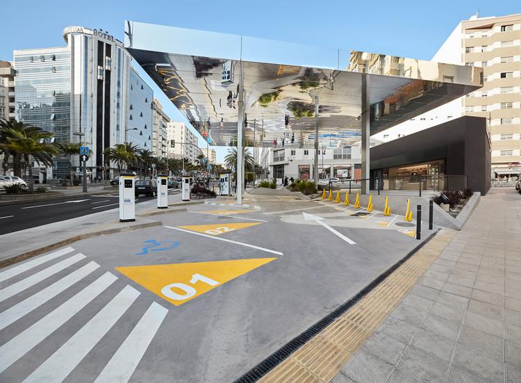 Electrolinera La Salle / Romera y Ruiz Arquitectos, © Iombi García