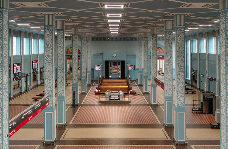"""A Train Station as an Epoch"""" Reconstruction of Railway Station / Faber Group, © Oleg Melekhin"""