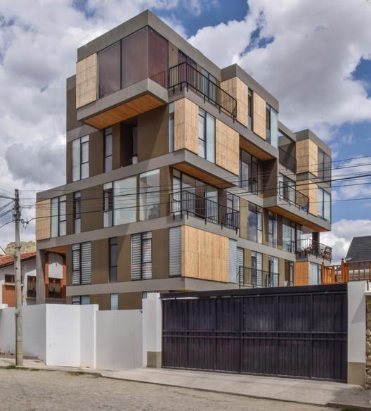 Edificio Isabel / Christian Dávila Arquitectos, © Lucia Lugones
