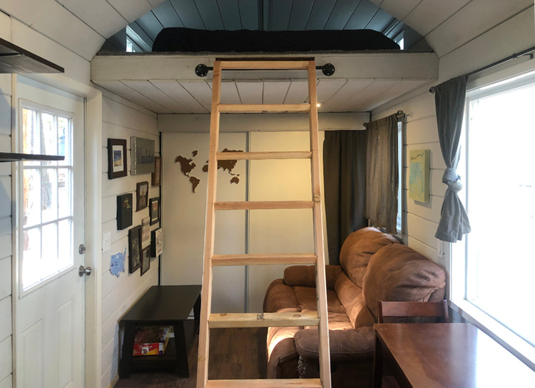 <a href='https://tinyhouseblock.com/'>Wanderlust Tiny House © Tiny House Block</a>
