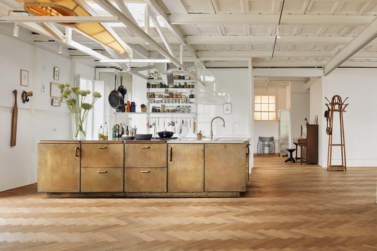 Ketelhuis Apartment, Gallery Space and Artist Studio / Studio Modijefsky, © Maarten Willemstein