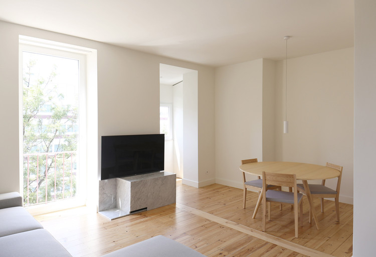 Apartamento TMV / TUA Atelier, Cortesia de Joana Torre do Valle