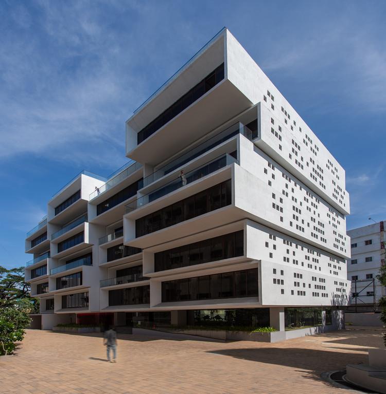Akshaya 27 Office Building / Sanjay Puri Architects, Courtesy of B.R.S.Sreenag, Sreenag Pictures