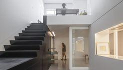 Loft Av. Novas / João Tiago Aguiar Arquitectos