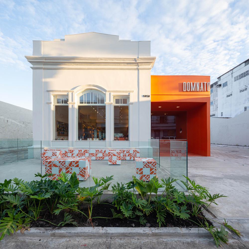 DomNato Bakery / LIVRE arquitetura