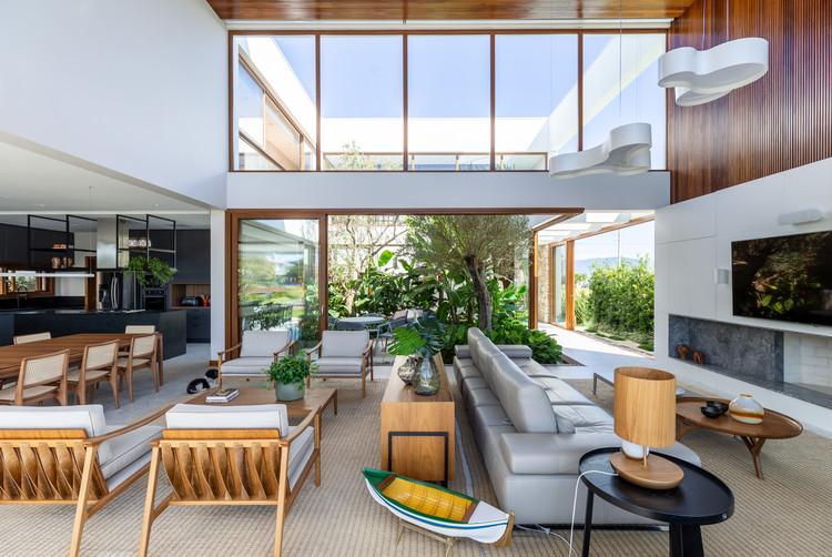 Casa CE / Seferin Arquitetura, © Marcelo Donadussi