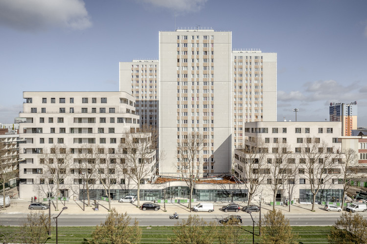 Boulevard Ney Social Housing / ITAR Architectures, © 11h45