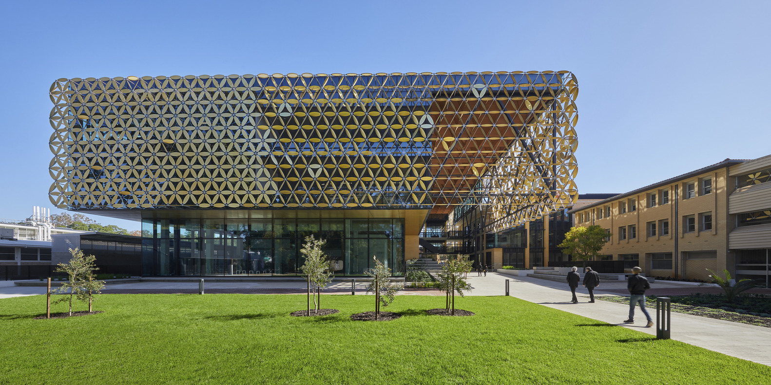 University of Western Australia EZONE / Hassell