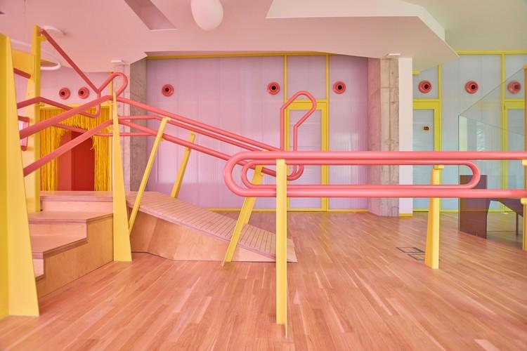 NEXUS8 Clínica de Traumatología / Estudio de Arquitectura MAGICARCH, © Jonatan Berna