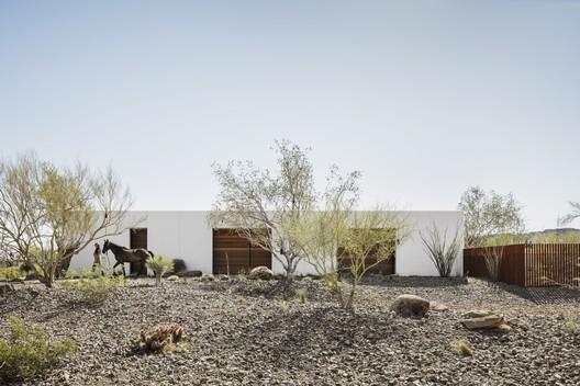 Casa O-asis / The Ranch Mine