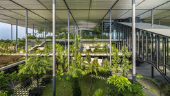Fábrica na Floresta / Design Unit Architects Snd Bhd