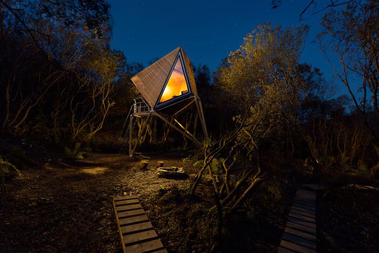 Kudhva Wilderness Cabins / New British Design. Image© George Fielding