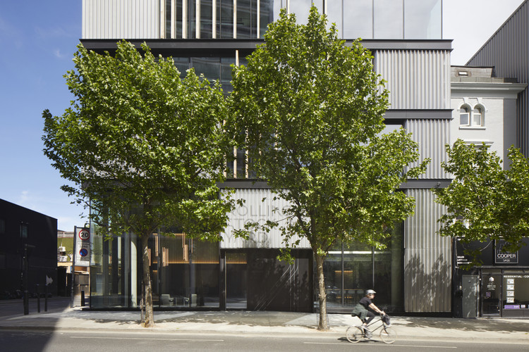 Rolling Stock Yard Offices / Squire & Partners, © Jack Hobhouse