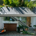b 7 - Jalousie House - mái che kéo thiên nhiên vào nhà