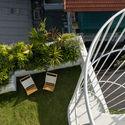 b 2 - Jalousie House - mái che kéo thiên nhiên vào nhà