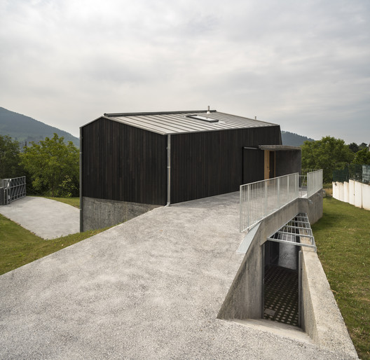 Casa deambulatorio / Behark