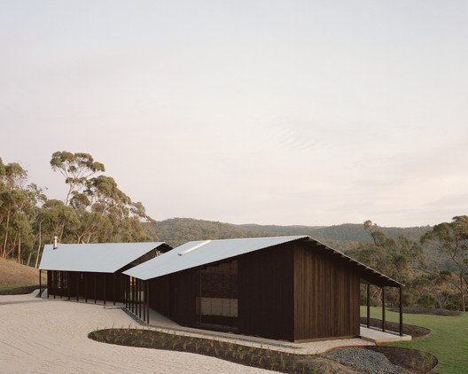 Two Sheds / DREAMER + Roger Nelson