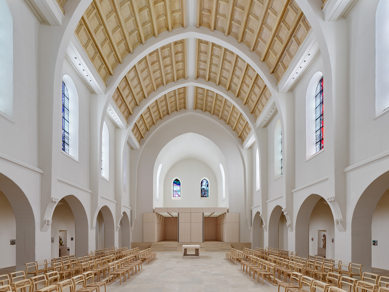 Church St. Fidelis in Stuttgart / Schleicher ragaller architekten