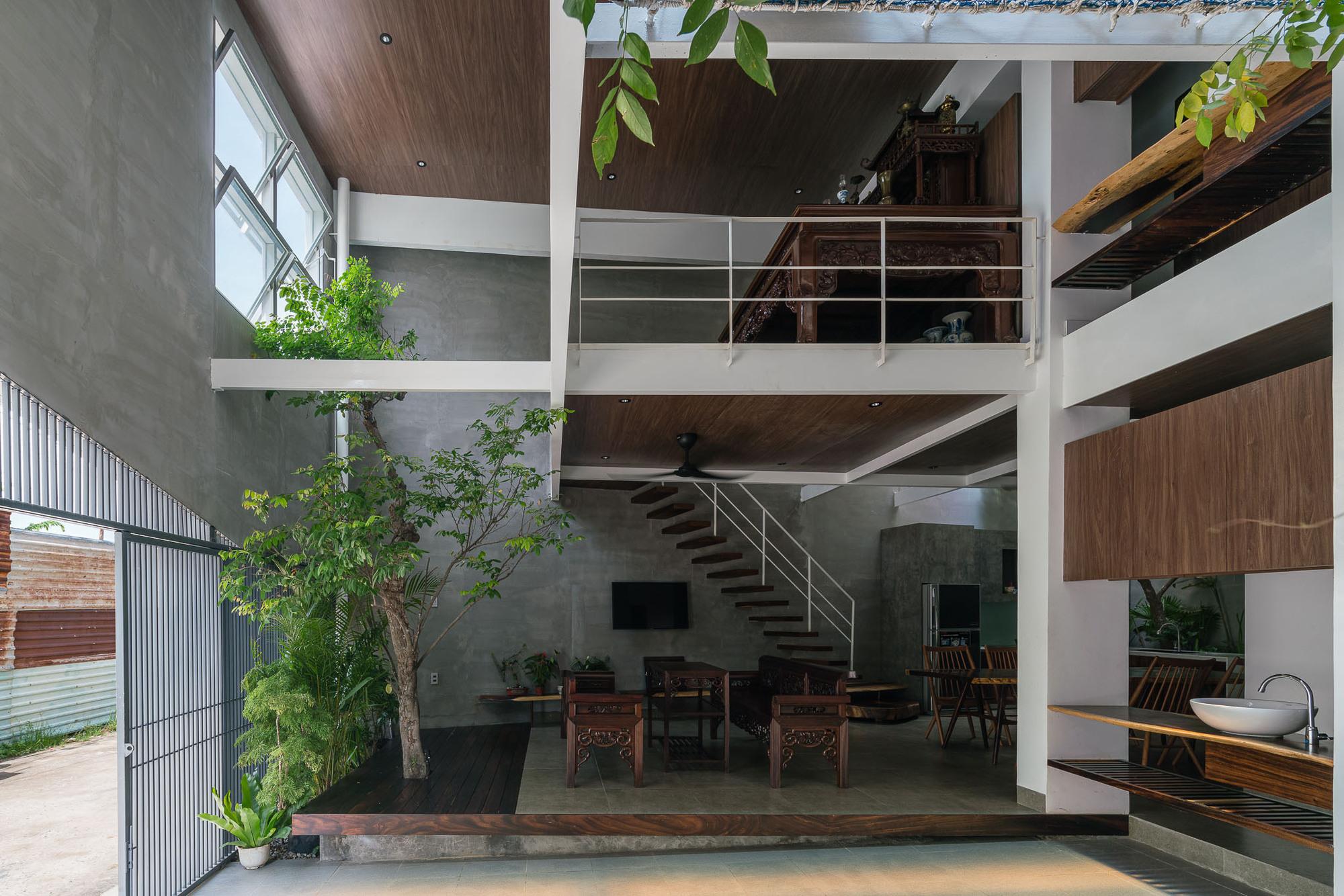 Tole House / H2