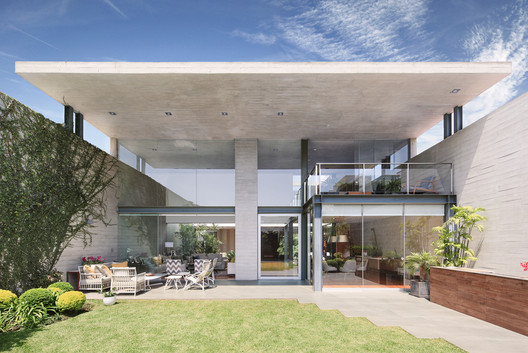 Casa M+L / Domenack Arquitectos