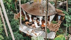 Tree House / Pablo Luna Studio