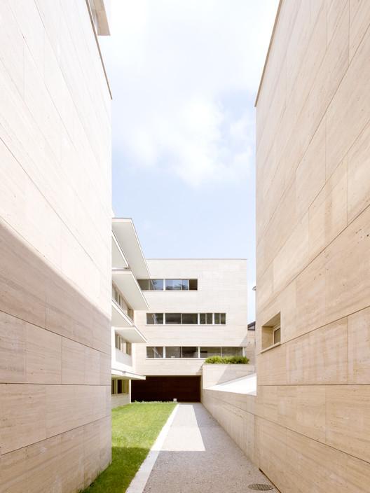 Álvaro Siza projeta novo conjunto residencial em Gallarate, Itália, © Francesca Ióvene - fōndaco studio