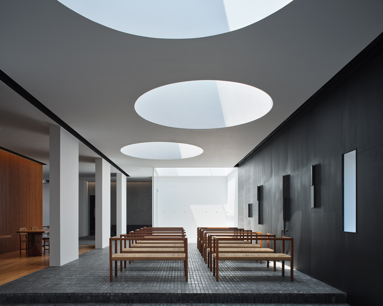 The Linen Gallery / Uchida Shanghai