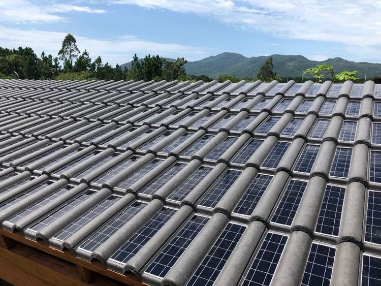 Primeira telha solar do Brasil começa a ser produzida, Cortesia de CicloVivo