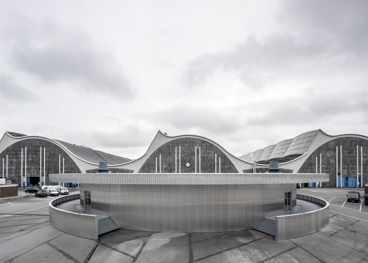 Grossmarkt Theatre Pavilion / Carmody Groarke, © Johan Dehlin