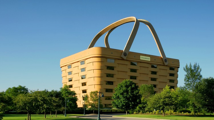 Longaberger Basket, Newark, OH- NBBJ. Image © Barry Hanes (CC BY-SA 3.0) Image via 99 Percent Invisible