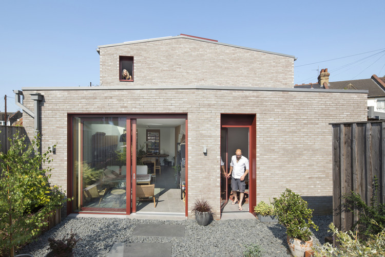 Angle House / Carbogno Ceneda Architects, © Agnese Sanvito