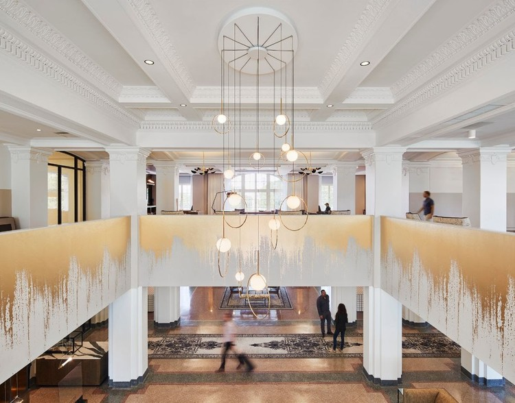 SOM Transforms Chicago's 100-Year-Old Cook County Hospital, Courtesy of Dave Burk | SOM