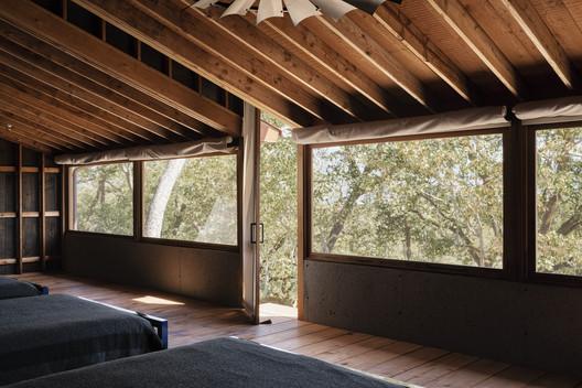 Tack Barn / Faulkner Architects