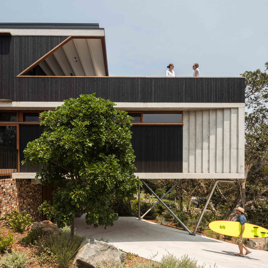 Breezeway House / David Boyle Architect