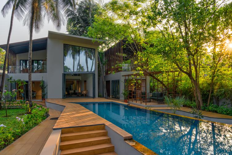 Earth House / SAV Architecture + Design, © Fabien Charuau