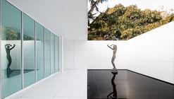 Instalación Mies Missing Materiality / Anna & Eugeni Bach