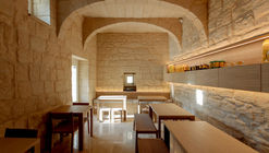 Berta Bakery & Coffee Shop / 3DM Architecture