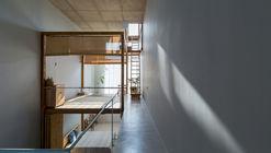 Casa Thi / Gerira Architects