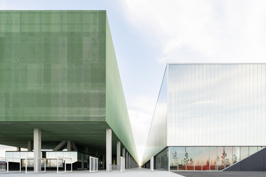 MEETT Exhibition and Convention Centre by OMA. Image © Marco Cappelletti