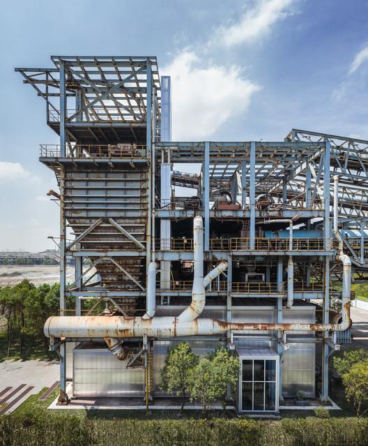 Baoshan WTE Exhibition Center / Kokaistudios, North facade in drone angle. Image © Terrence Zhang